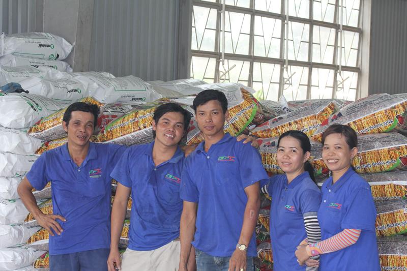 Công nhân xưởng